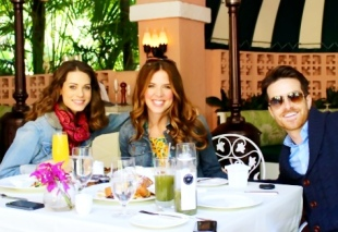 Birthday Breakfast at the Beverly Hills Hotel, Polo Lounge